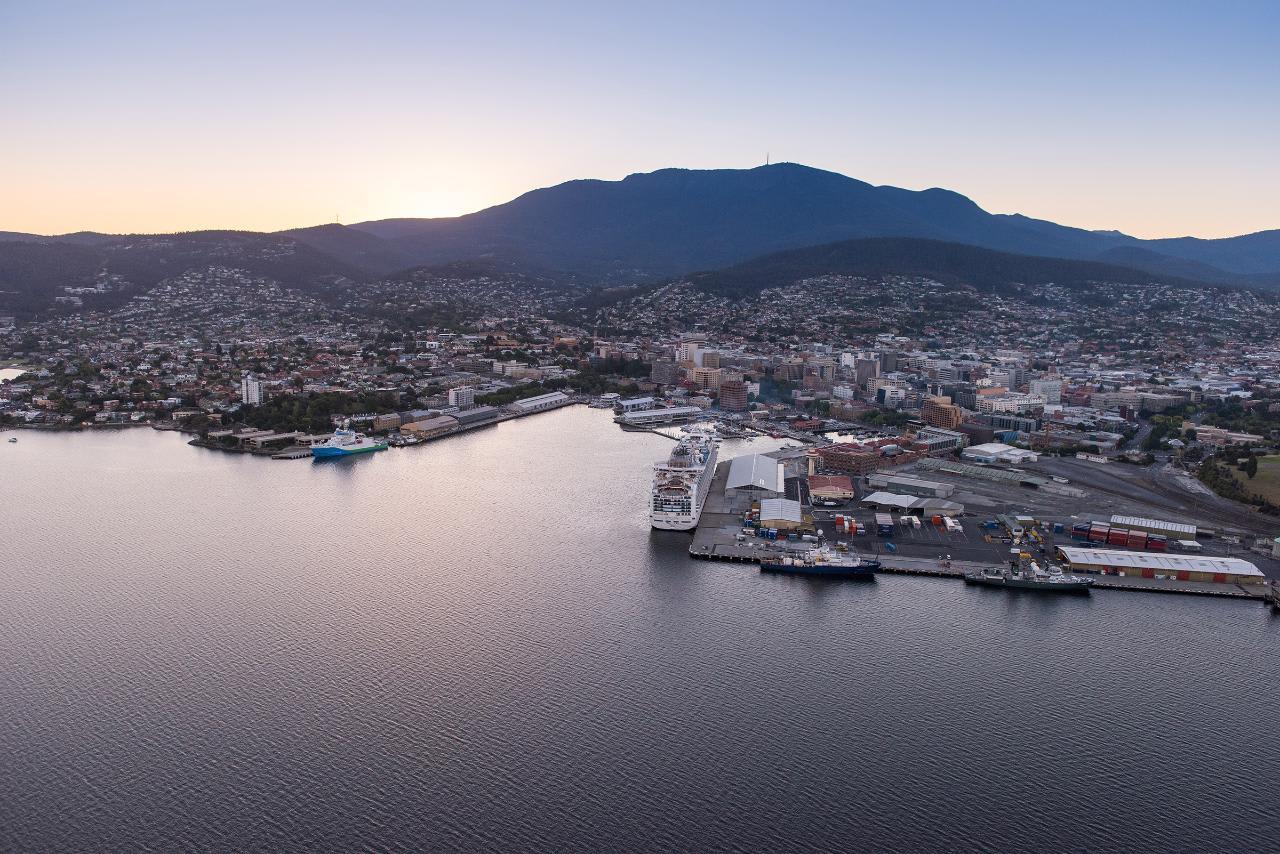 Scenic Seaplane Flight, 30 Minutes - Hobart