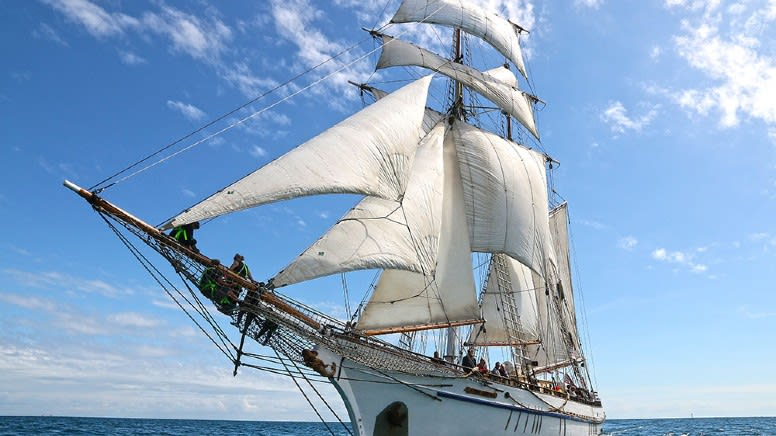 Tall Ship Day Cruise with Lunch & Souvenir, 5 Hours – Adelaide