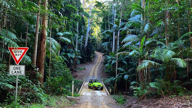 4WD Jeep Hire, Half Day – Sunshine Coast