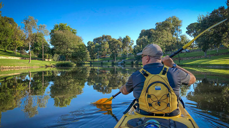 Guided Kayak Tour, 1.5 Hours – Adelaide City