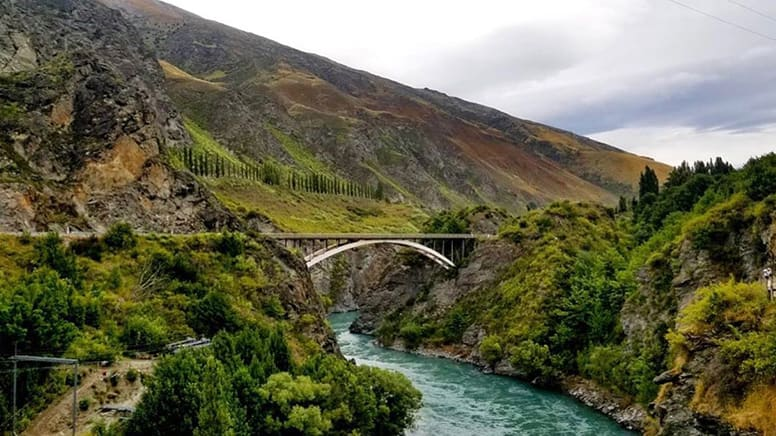 Gibbston Valley Wineries Self-Guided E-Bike Day Tour - Queenstown