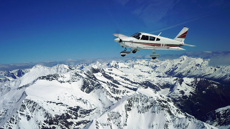 Hands-On Trial Flight Over Glaciers, 60 Minutes – Wanaka, NZ