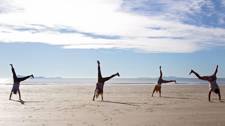 Sunrise Beach Kangaroos & Waterfall Day Tour – Departs Airlie Beach