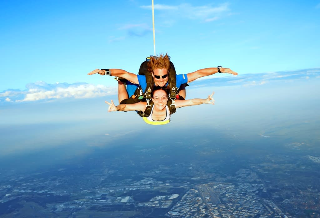 Skydiving Perth City - Tandem Skydive Up To 14,000ft