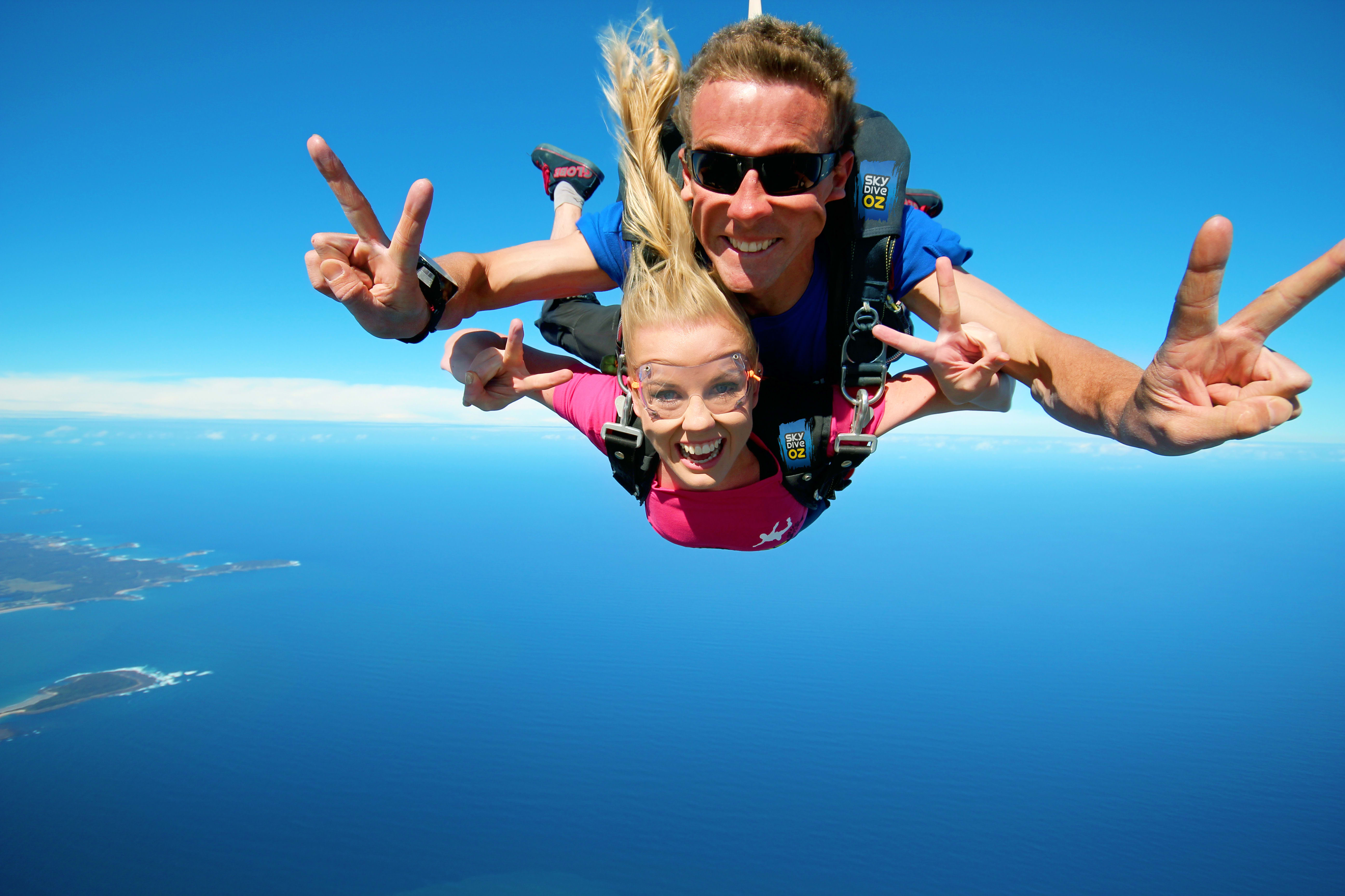 Tandem Skydive from 15,000ft - Batemans Bay
