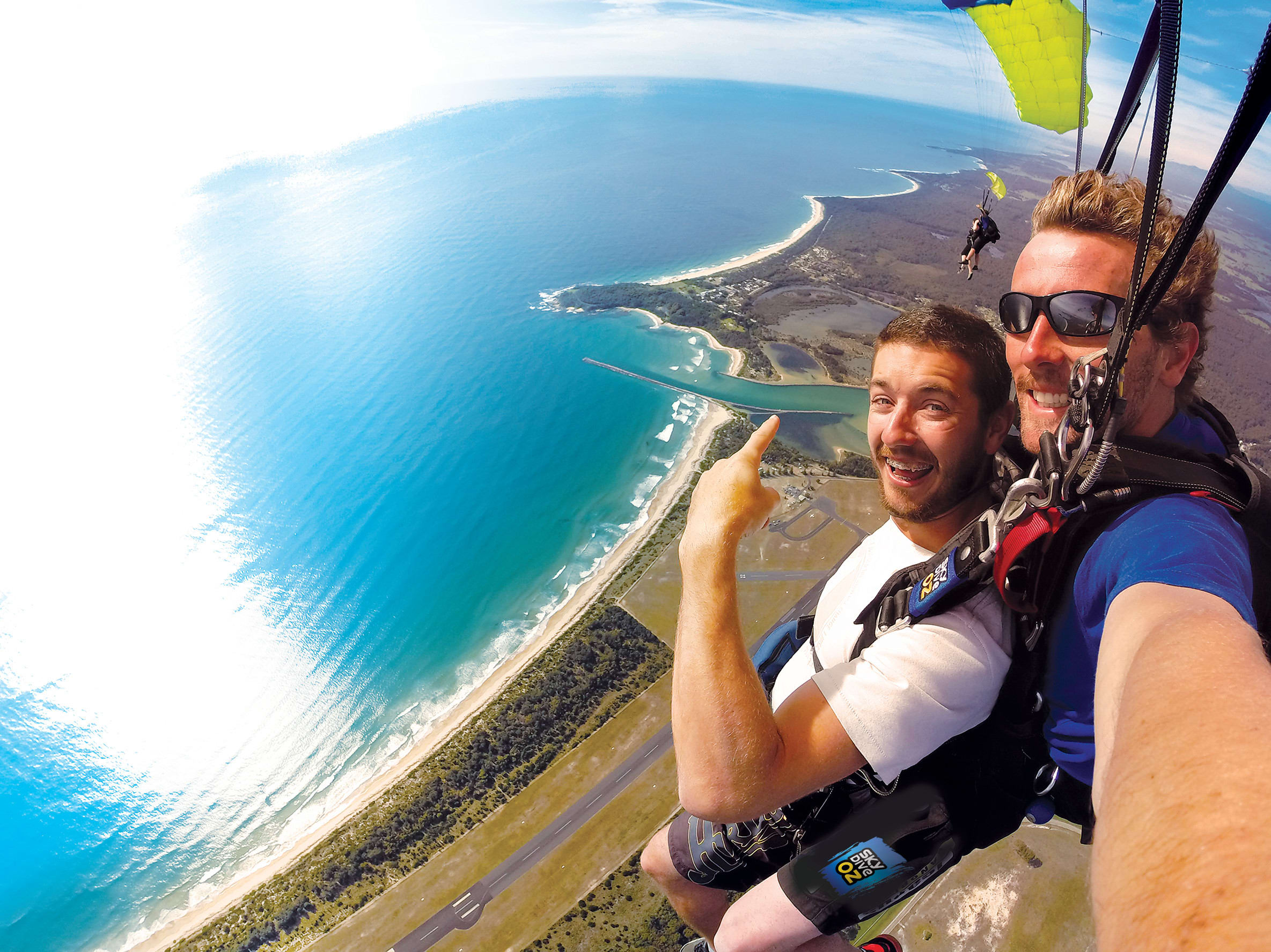 Tandem Skydive from 15,000ft - Batemans Bay
