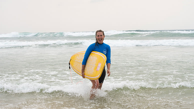 Women's Beginner Surf Course, 4 Lessons in 4 Weeks - Gold Coast