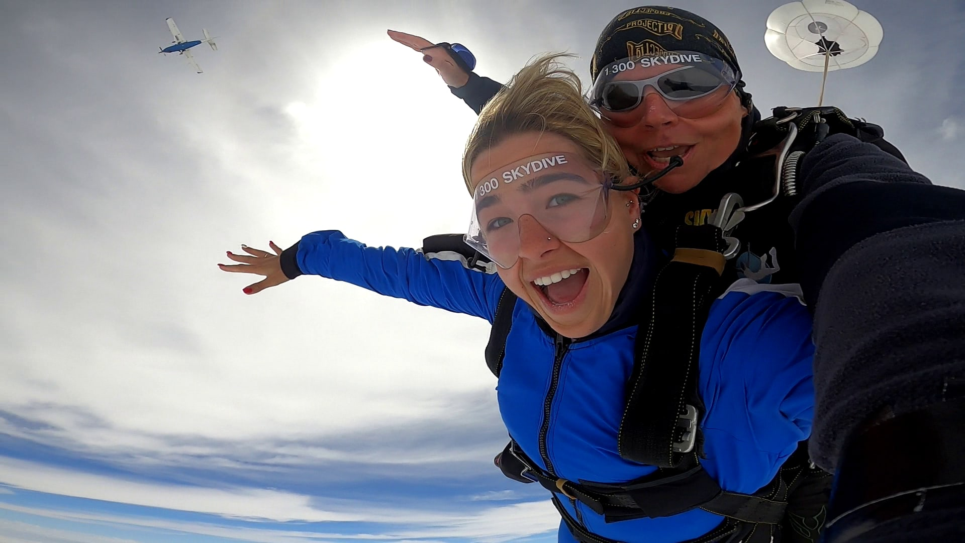Tandem Skydive 14,000ft, Weekday Special - Sydney
