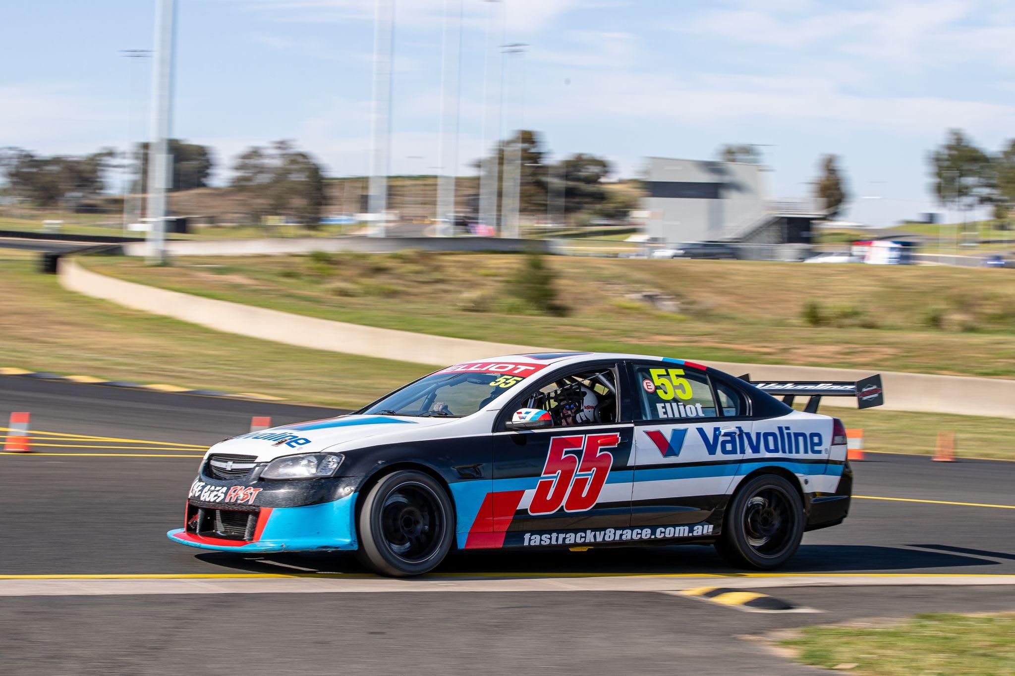 V8 Drive & Hot Laps Combo, 10 Laps - Barbagallo, Perth