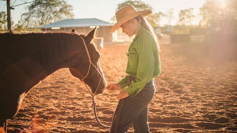 Group Outback Horse Riding Lesson, 1 Hour - Katherine, NT