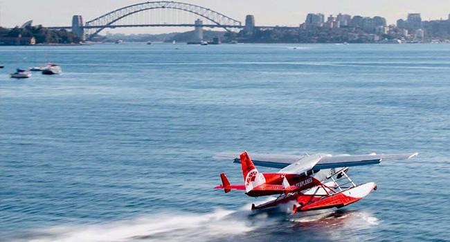 Seaplane fly around Sydney Harbour