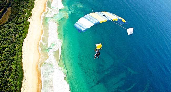 Sky diving, Wollongong