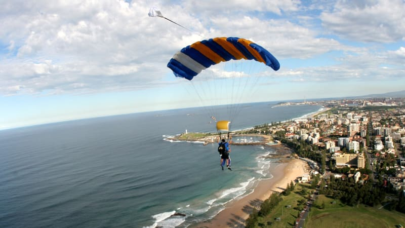 Tandem Skydiving Over The Beach, Up to 15,000ft - Wollongong