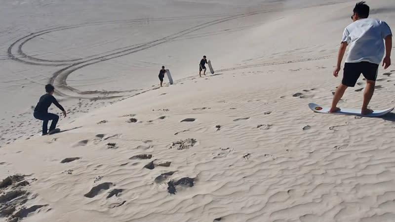 Sandboard Hire, 3 Hours - Lancelin