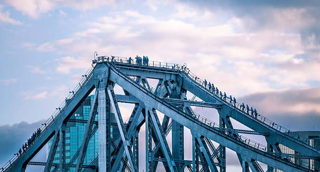 Bridgeclimbs