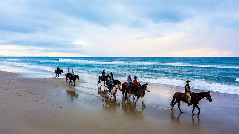 Sunrise or Sunset Horse Ride, 2 Hours - Byron Bay
