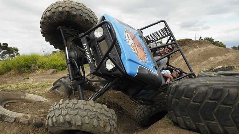 Extreme 4x4, 3 Course Drive & 1 Lap Ride, Weekday Special - Melbourne