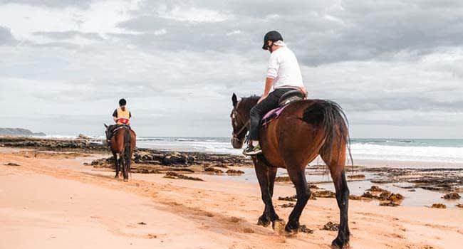 Horse ride along St Andrew's Beach