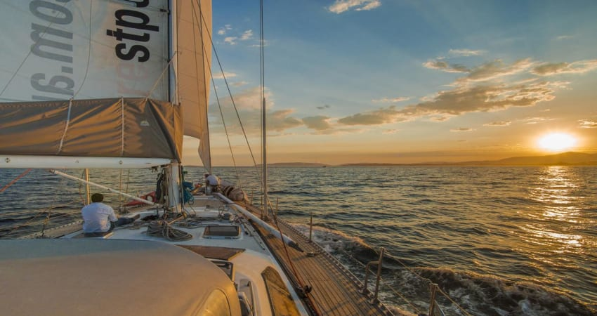 Twilight Yacht Race Sailing Experience, 3 Hours - Hobart