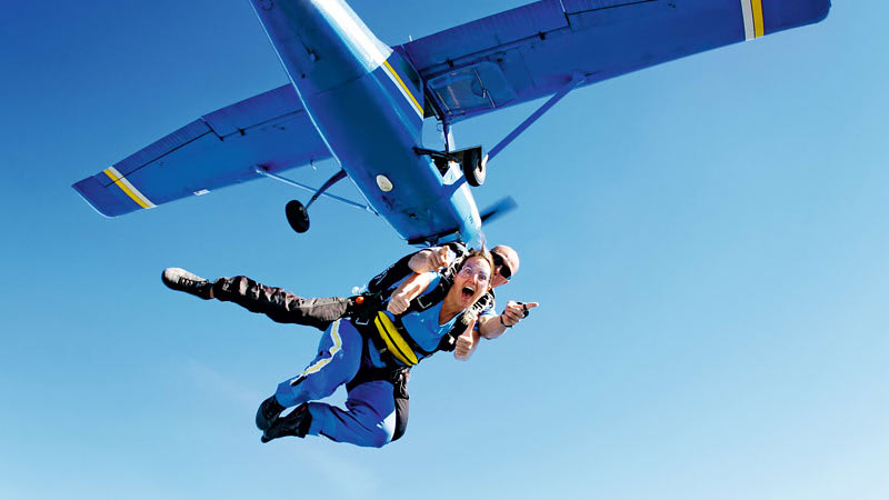 Skydiving Over The Beach Wollongong - Weekday Tandem Skydive Up To 15,000ft - Free Sydney Transfer