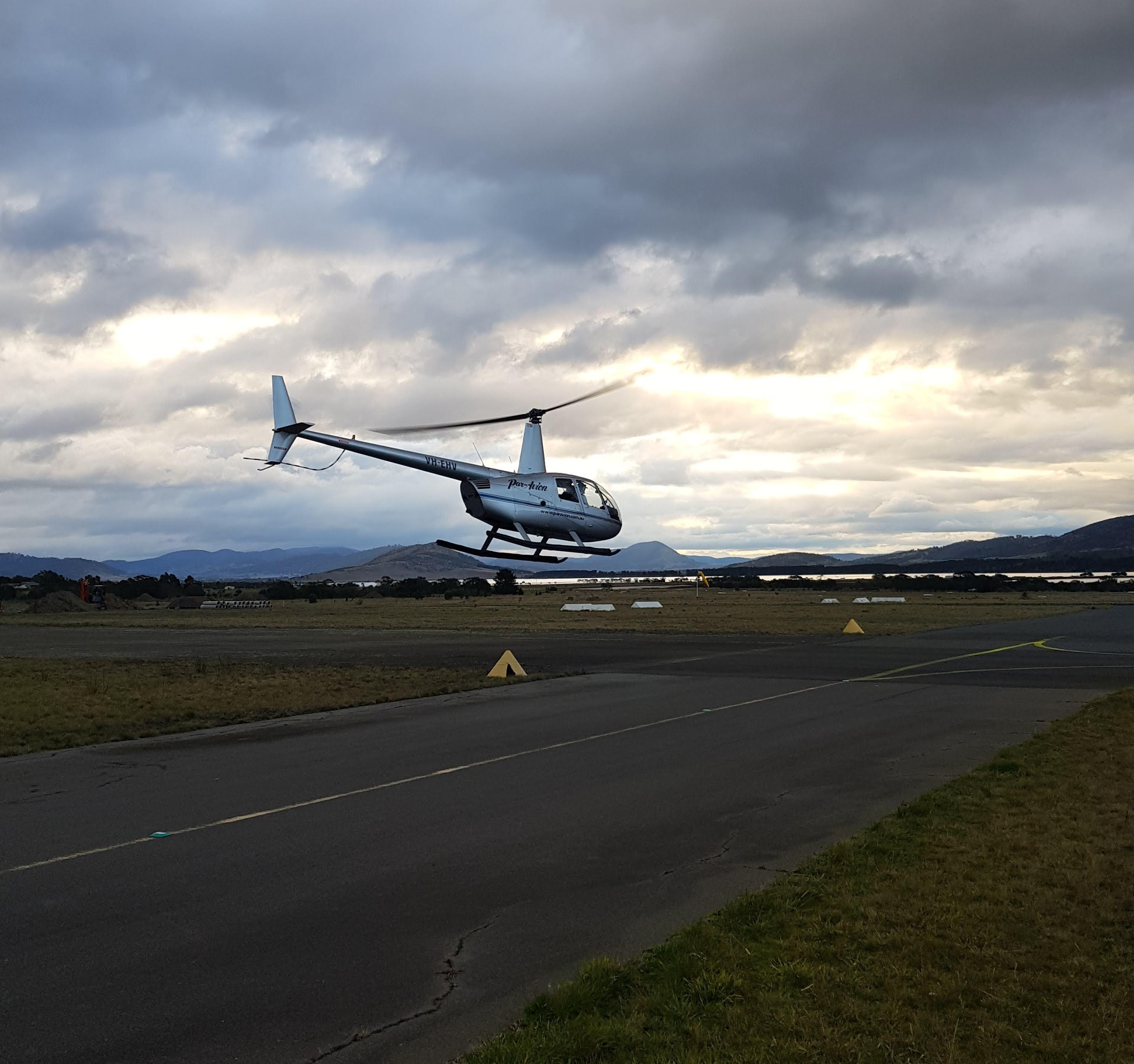 Scenic Helicopter Flight, 20 minutes - Hobart - For 2