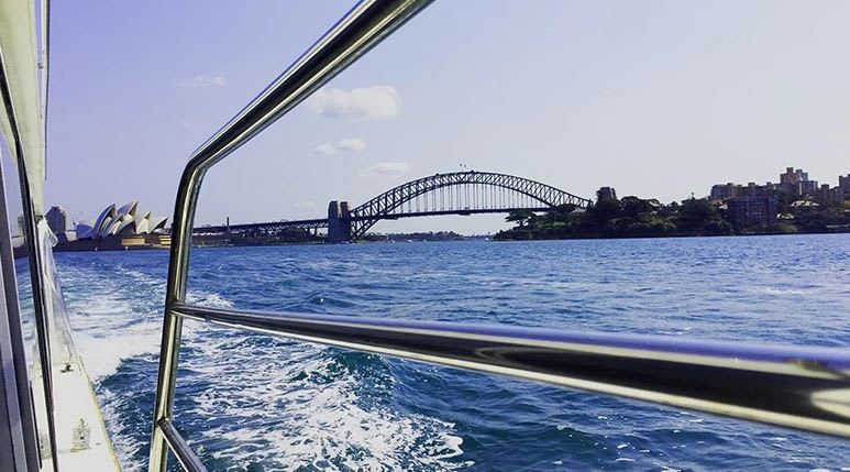 Sydney Harbour Lunch Cruise with Drinks - Sydney