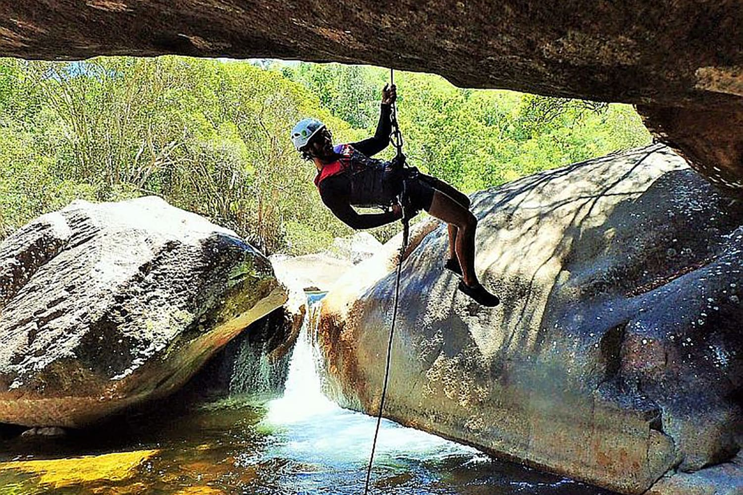 Behana Gorge Canyoning Tour with Lunch