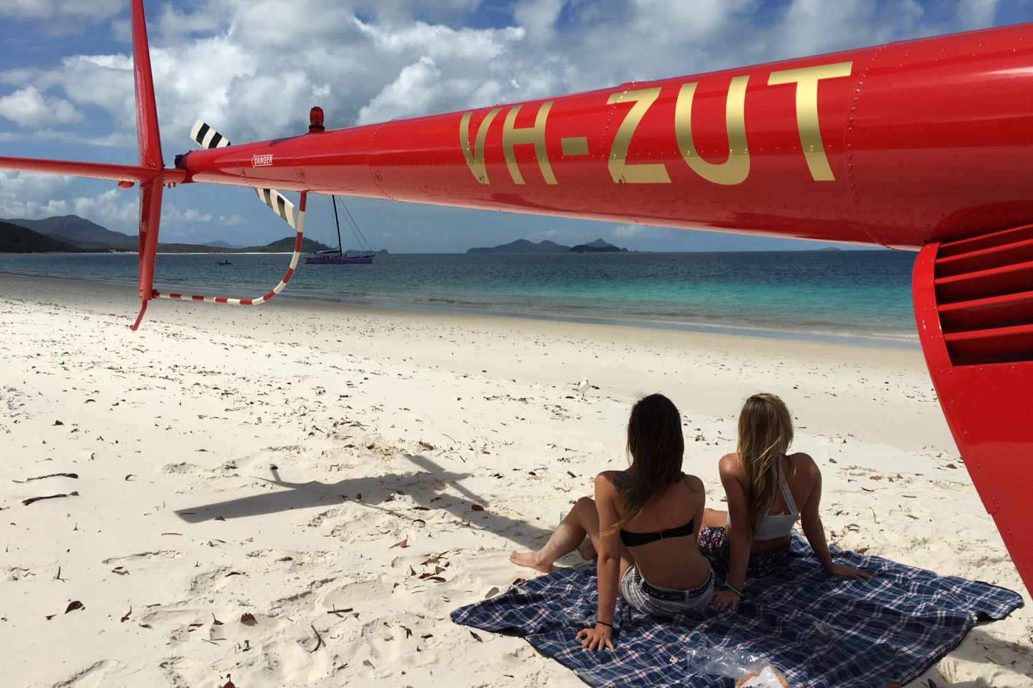 Helicopter Flight with Beach Visit For 2, 2 Hours - Whitsundays