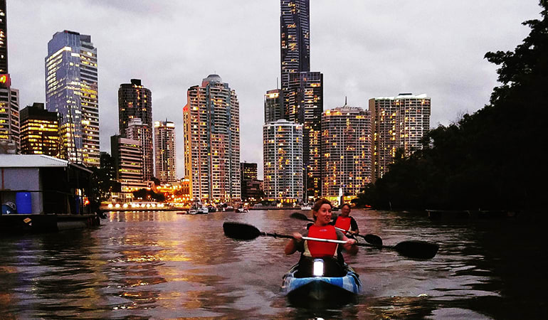Guided Evening Kayak Tour - Brisbane River
