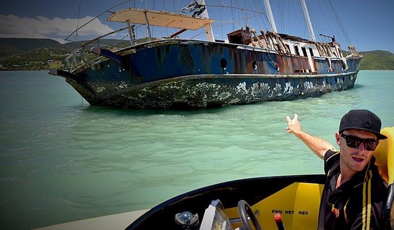 Boat Cruise, 1 Hour - Pioneer Bay, Airlie Beach