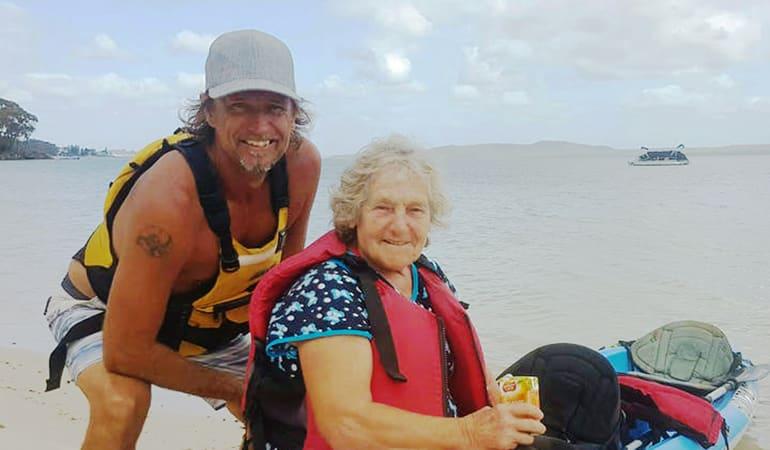 Single Kayak Hire, 1 Hour – Shoal Bay, Port Stephens