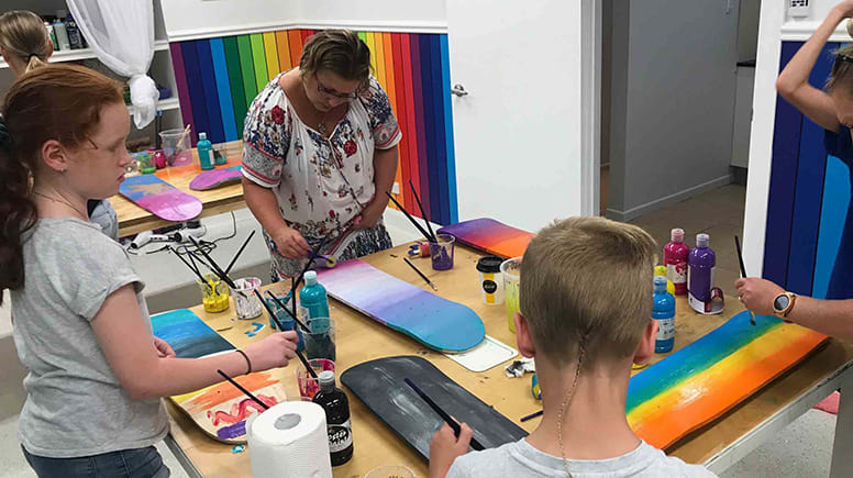 Kids Skateboard Deck Painting Class - 2 Hours – Gold Coast