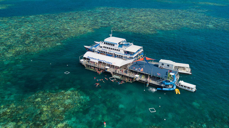 Great Barrier Reef Cruise and Helmet Diving - Cairns