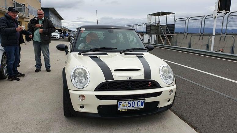Drive a Mini Cooper S, 10 Lap Drive – Baskerville Raceway