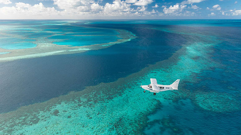 Scenic Flight, 1 Hour - Whitsunday Islands, Departs Airlie Beach