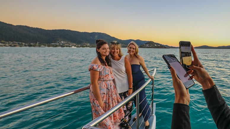 Whitsundays Sunset Cruise, 2 Hours - Departs Airlie beach