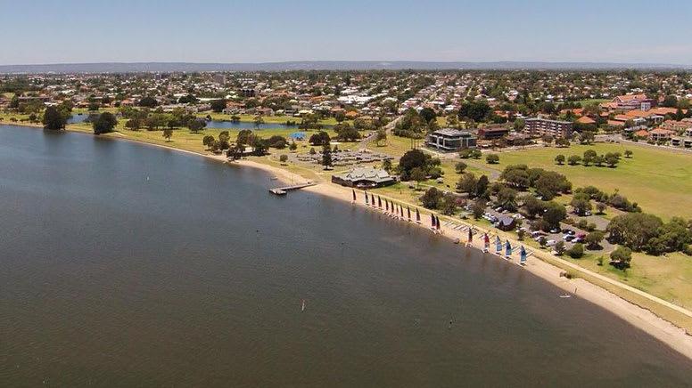 Kayak Hire, 1 Hour - Swan River, Perth - For 2