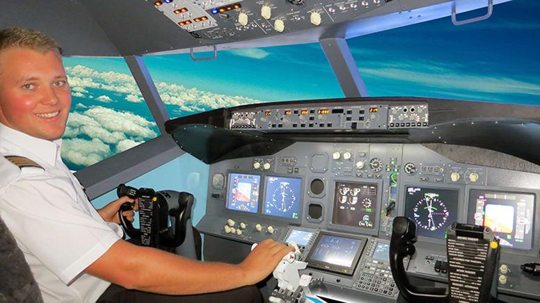 Flight Simulator Based on Boeing 737-800, 90 Minutes - Melbourne