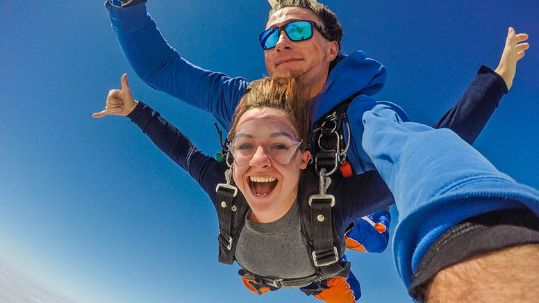 Tandem Skydive, 9,000ft - Lake Alexandria, South Australia
