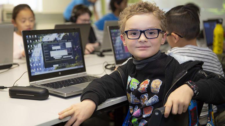 Kids Online Minecraft Roller Coaster Engineers Lesson, 1 Hour