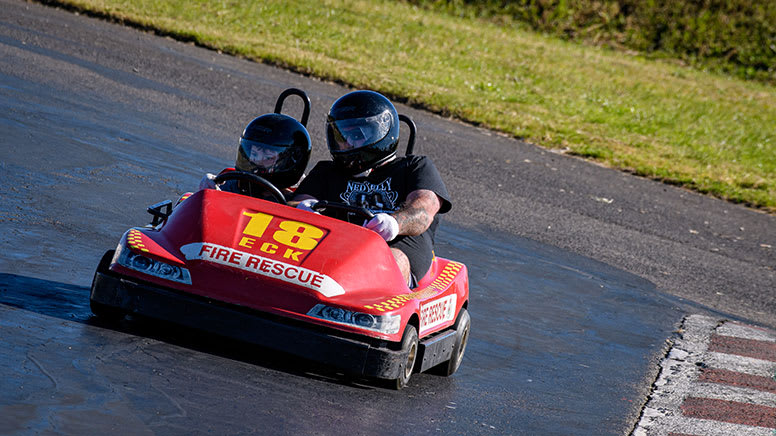 Double Karting for Adult and Child, 30 Minutes – Eastern Creek, Sydney