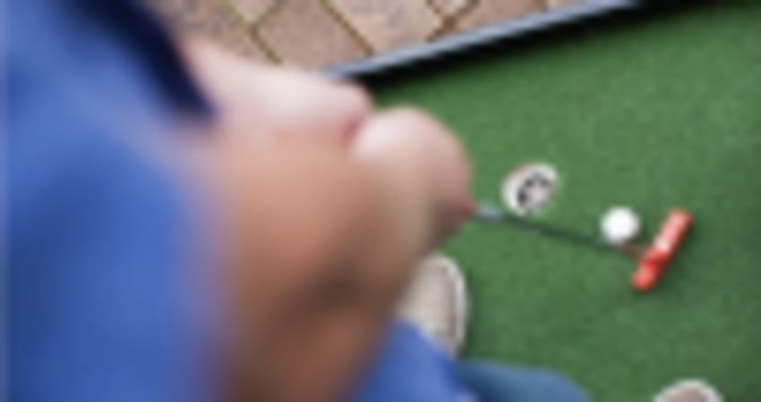 36-Hole Outdoor Mini Golf with Slushy and Novelty Gift - Perth