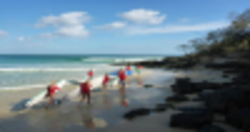 Epic 4WD Beach Drive with Surf Lesson, Day Tour - Noosa