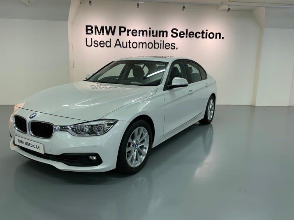 2017 BMW 318iA Saloon