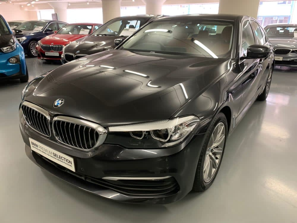 2018 BMW 520iA Saloon