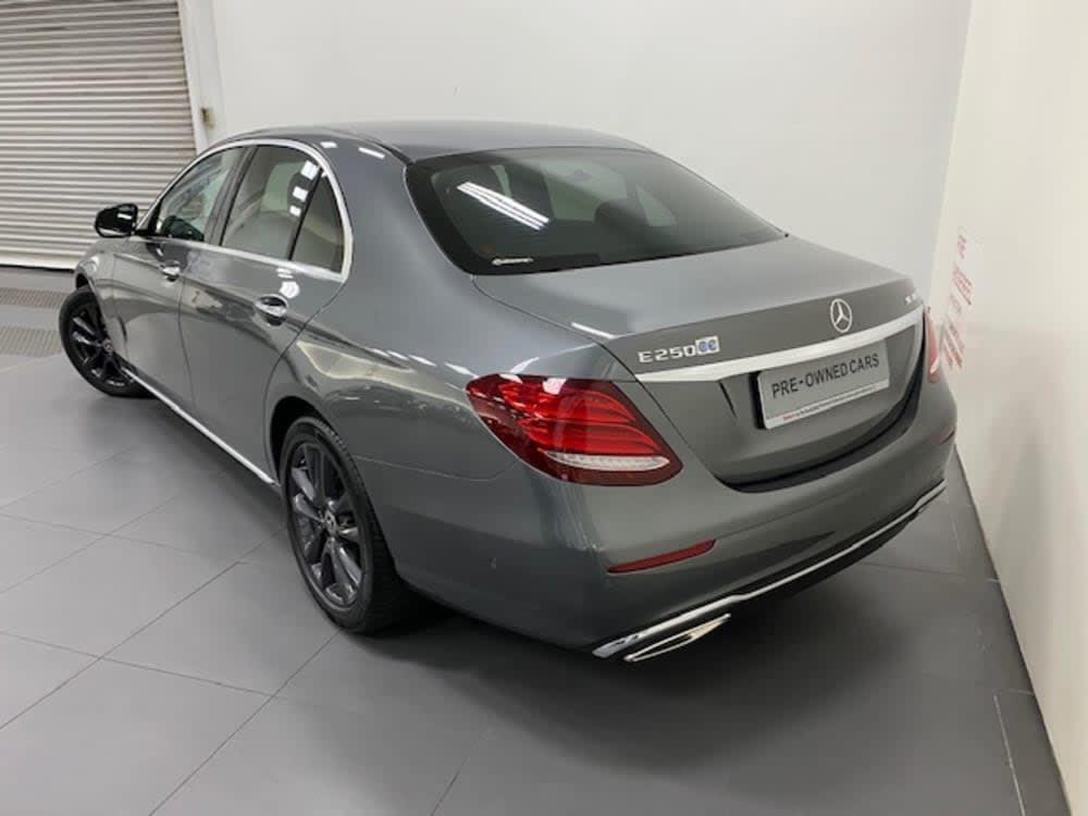 Mercedes Benz E250 AVG