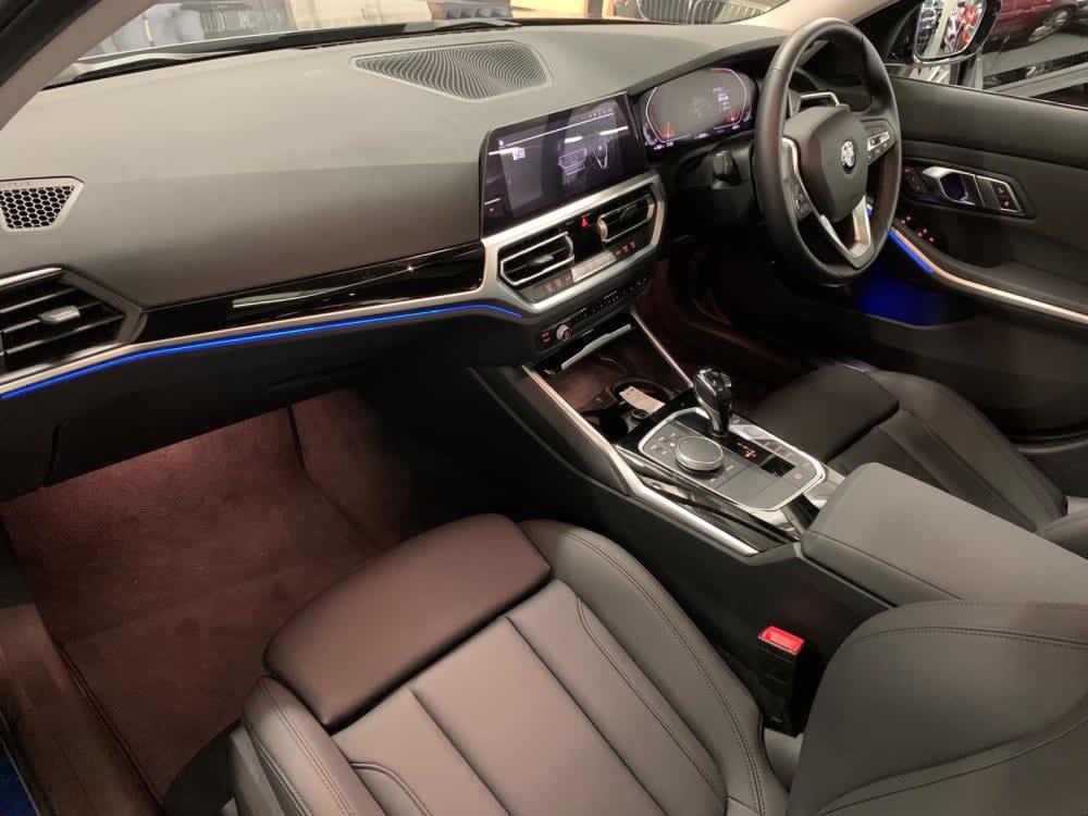 2020 BMW 320iA Touring Sport