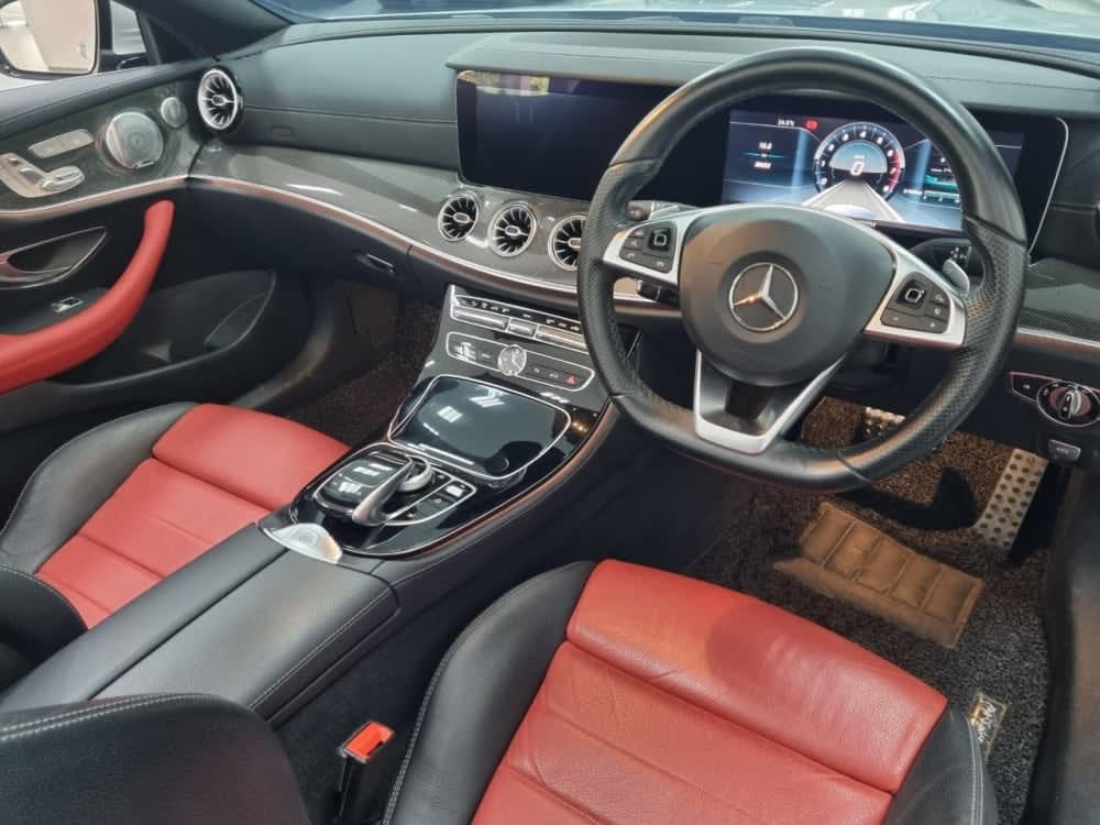 Mercedes Benz E300 AMG Line Cabriolet
