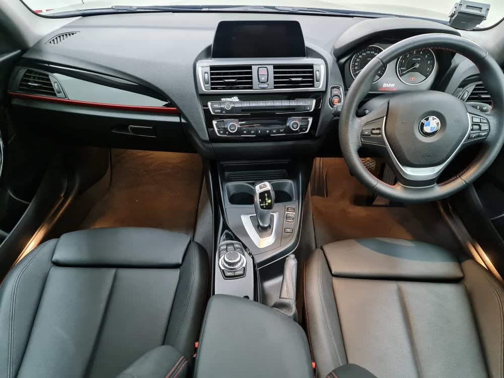 BMW 218i Coupe Sport