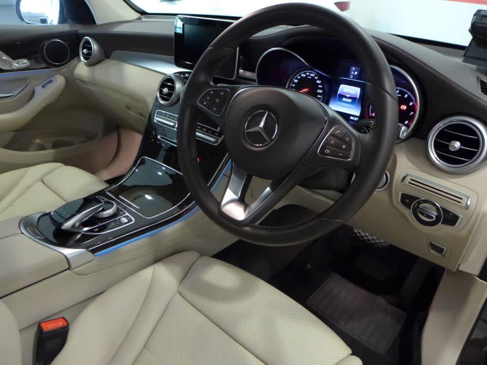 Mercedes Benz GLC200 (R18 LED)